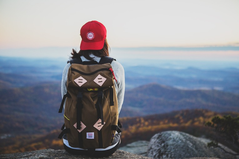 solo-travel-tumblr-girl